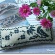 Bluebird・・・Pin Cushion
