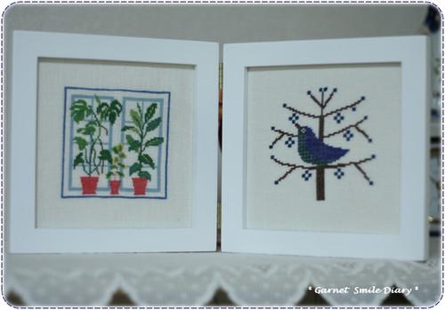 窓辺の花 & 木の上の鳥